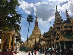 ミャンマーで外貨両替をした時の衝撃体験