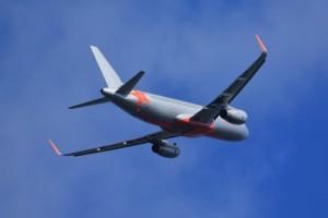 海外旅行で格安航空券の賢い利用方法とポイント