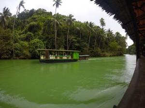 フィリピンのセブ島でガイドさんお勧めのところで外貨両替をした結果