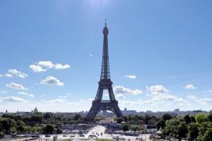 パリの街中での両替でのぼったくりトラブル