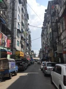 日本語で話しかけられたら要注意!ヤンゴンの金事情