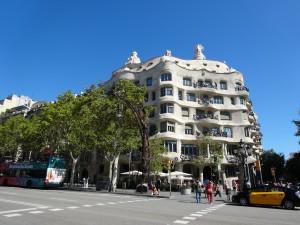 完成前に見たかったサグラダ・ファミリアがバルセロナ旅行