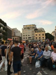 ギリシャ、アテネの街のATMで両替をしようとした時のトラブル